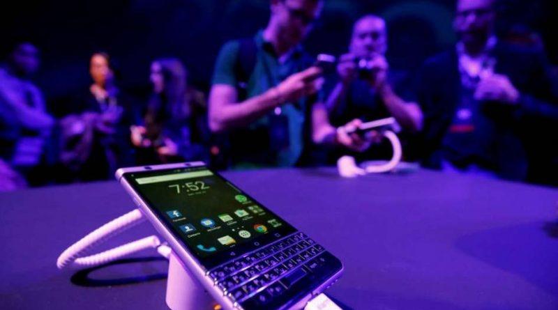 Las noticias y la web sobre el atentado en Las Vegas + Blackberry fabricado en Argentina